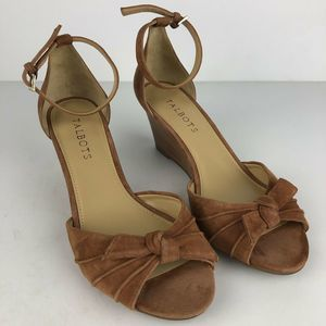 Talbots Heels Suede Leather Sandals Size 7 Brown